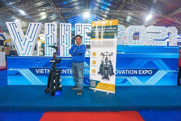 Qbot - robot hiện thân sản xuất bằng công nghệ in 3D